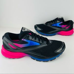 BROOKS LAUNCH 4 RUNNING SHOES